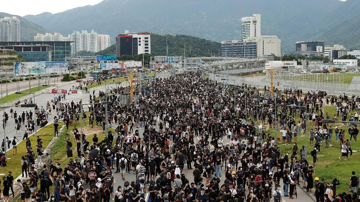 Hong Kong Di Ambang Resesi, Aktivitas Ekonomi Agustus Jeblok