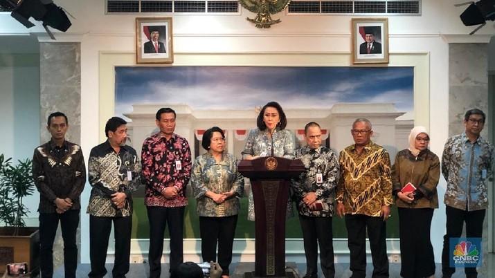 Pansel Calon Pimpinan Komisi Pemberantasan Korupsi telah menyerahkan 10 nama kandidat pemimpin lembaga itu kepada Presiden Joko Widodo.