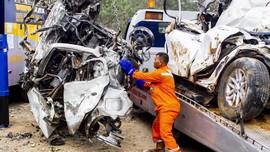 Empat Jenazah Korban Kecelakaan Cipularang Teridentifikasi