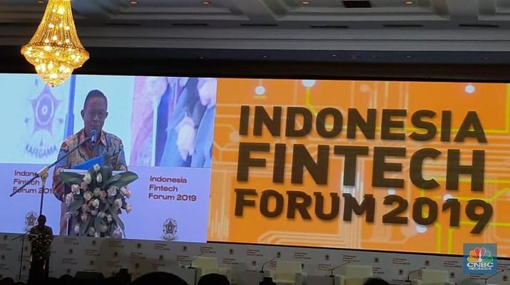 Ekonomi digital kini punya peran penting bagi perekonomian Indonesia dan juga dunia. Ekonomi digital kini dianggap sebagai masa depan dunia.