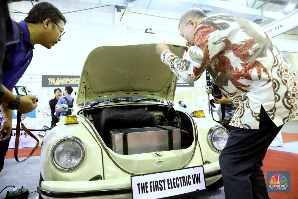 Acara ini merupakan upaya atau inisiatif untuk memperdalam dan memperluas pemahaman masyarakat Indonesia mengenai kendaraan bermotor listrik