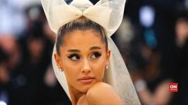 VIDEO: Merasa Dimanfaatkan, Ariana Grande Tuntut 'Forever 21'