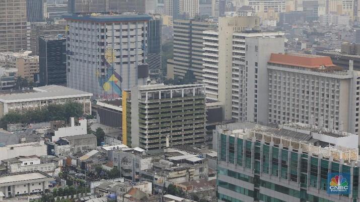 Suasana gedung bertingkat di Jakarta (CNBC Indonesia/ Andrean Kristianto)