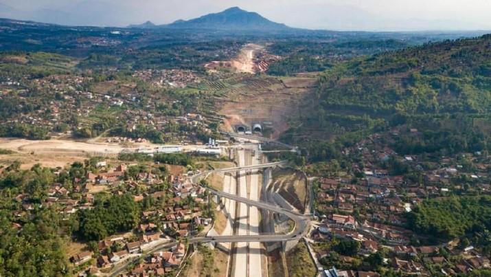 Yuk Intip! Terowongan Tol Terpanjang di Indonesia