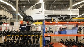 Wabah Virus Corona, Pabrikan Mobil Evakuasi Karyawan di Wuhan