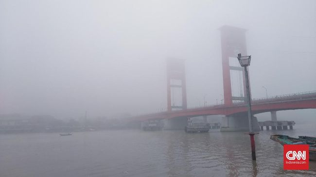 Kabut Asap Menebal, Disdik Sumsel Bakal Mundurkan Jam Sekolah