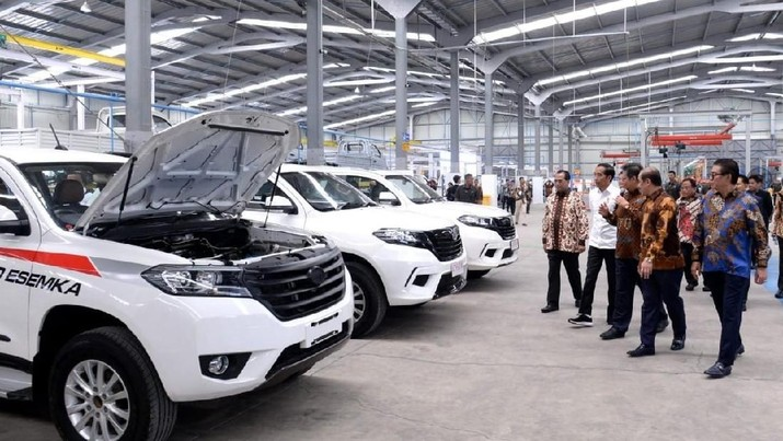 Bukan Jokowi atau Prabowo, Orang-Orang Ini Justru Beli Esemka