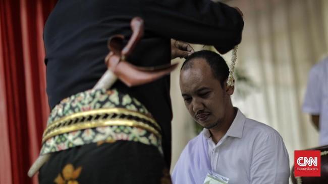 Ada juga sukerta yang dibawa oleh seseorang sejak lahir, menurut kepercayaan Jawa.