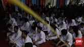 Orang yang terlahir dengan sukerta, dalam kepercayaan Jawa, harus menjalani ruwatan untuk membebaskan diri dari kekuatan buruk yang mengelilingi dirinya.