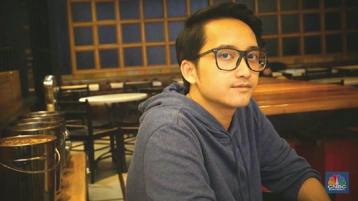 Nama Wafa Taftazani memang belum setenar Nadiem Makarim, tapi ia sudah mencuri hati Jokowi dengan start-up yang dibangun bersama kawan-kawannya
