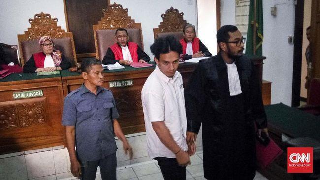 Kasus Narkoba, Jefri Nichol Jalani Sidang Pemeriksaan Saksi