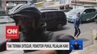 VIDEO: Tak Terima Ditegur, Pemotor Pukul Pejalan Kaki