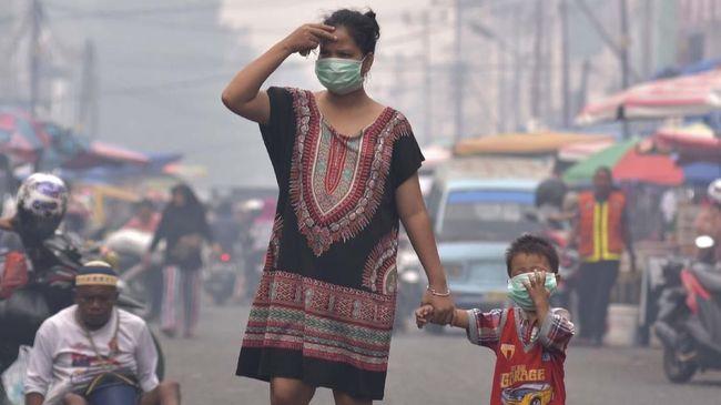 Tak Hanya ISPA, 5 Penyakit ini Mengintai di Balik Asap Kebakaran Hutan