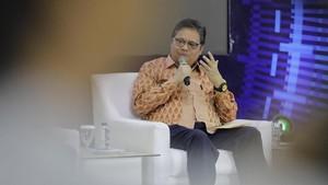 Redam Dampak Virus Corona, Jokowi Beri Influencer Rp72 M