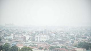 Penerbangan di Bandara Pekanbaru Tertunda Akibat Kabut Asap