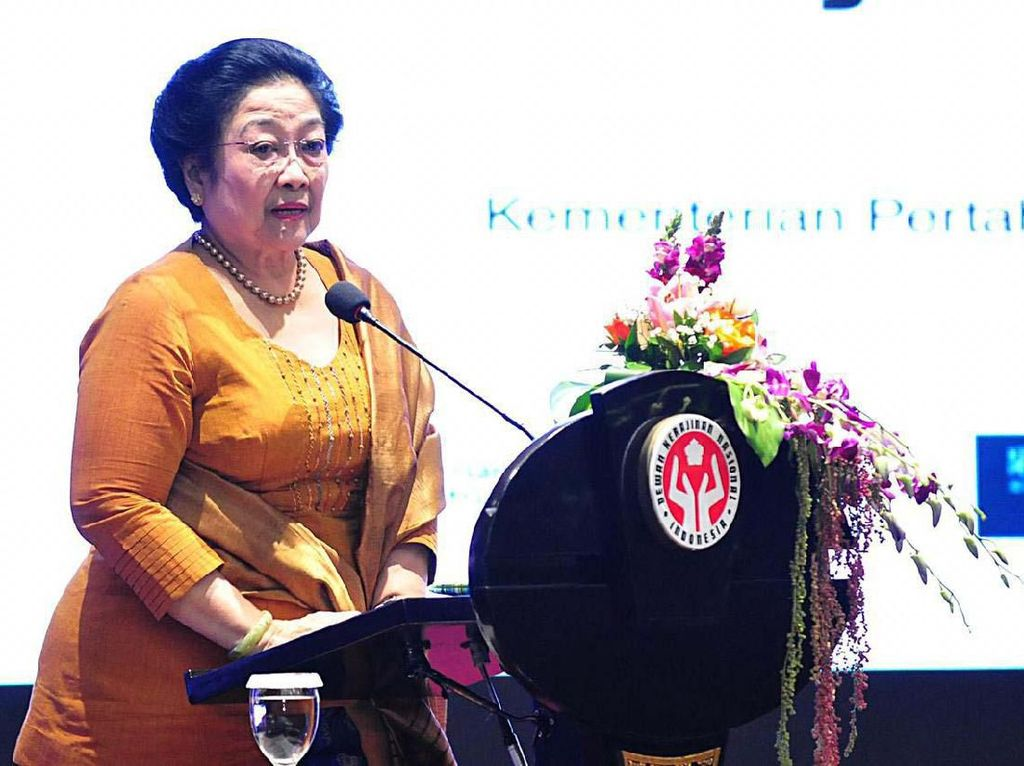 Presiden RI ke-5 Megawati Soekarnoputri memberikan pencerahan mengenai Hak Kekayaan Intelektual dalam Rapat Kerja Nasional Dewan Kerajinan Nasional (Rakernas Dekranas) Tahun 2019. Pool/Kemhan.