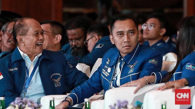 Di depan Caleg Terpilih, Ibas Puji SBY Kader Terbaik Demokrat