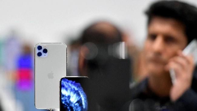 Sementara iPhone 11 Pro hadir dalam dua jenis yakni iPhone 11 Pro Max dengan layar 6,5 inci dan iPhone 11 Pro dengan layar 5,8 inci. (Photo by Josh Edelson / AFP)