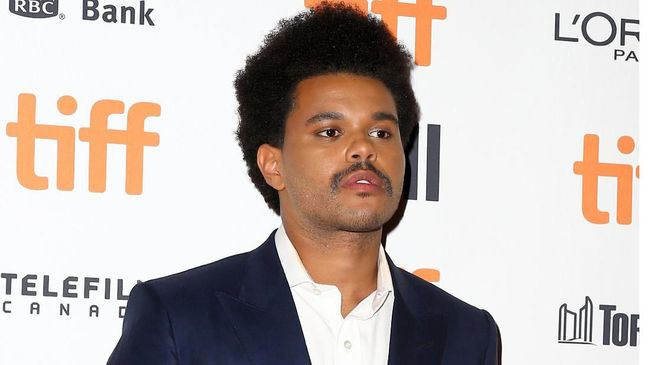 Netizen 'Takjub' Lihat Rambut Baru The Weeknd