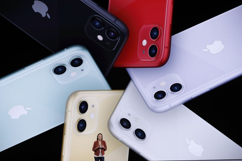 Apple Event tahun ini memperlihatkan berbagai produk baru dari Apple, seperti tiga model iPhone 11 yang mempunyai dua sampai tiga kamera belakang.