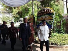 Habibie Dimakamkan di Kalibata, Jokowi Jadi Inspektur Upacara