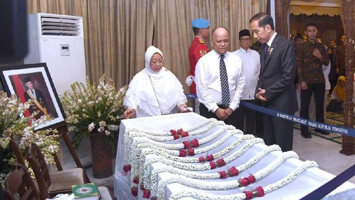Habibie Wafat, Ini Deretan Pejabat-Pengusaha yang Bertakziah