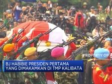 BJ Habibie Presiden Pertama Dikebumikan di TMP Kalibata