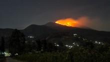 Warga Sebut Karhutla Terjadi di Gunung Lagadar Bandung