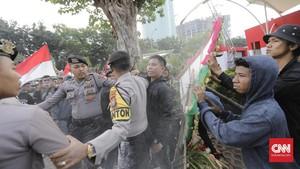 FOTO : Aksi Berujung Rusuh di Gedung KPK