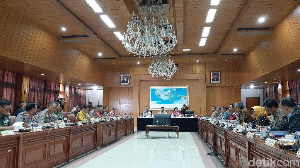 Wiranto: Ada Modus Baru Pembakaran Hutan karena Politik