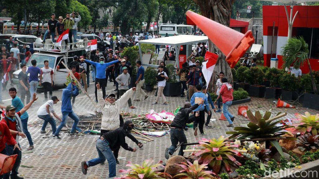 Ricuh di KPK, Polisi: Gesekan Massa Pro Pimpinan Baru dengan Wadah Pegawai
