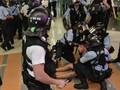 Demonstran dan Polisi Hong Kong Bentrok di Malam Natal