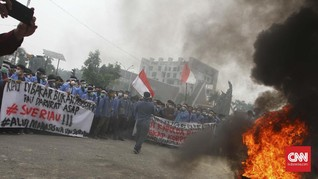 Ratusan Mahasiswa Minta Gubernur Riau Mundur Terkait Karhutla