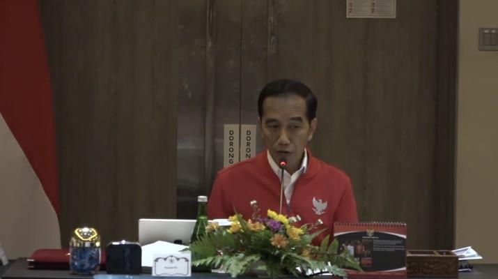 Jokowi sudah berkali-kali mengingatkan soal kebakaran hutan, tapi dia mengakui dan aparatnya lalai.