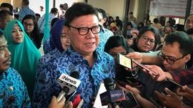 Tjahjo Sedih Setiap Lapor Kepala Daerah Kena OTT ke Jokowi-JK