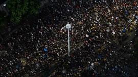 Aktivis Hong Kong Rayakan Pesta Tahun Baru dengan Aksi Demo