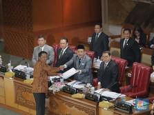 Hanya Dihadiri 80 Anggota, DPR Sahkan Revisi UU KPK
