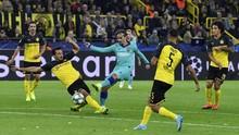 FOTO: Barcelona Tumpul di Kandang Dortmund