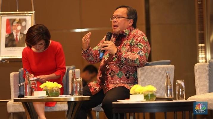 Pemerintah terus berwacana untuk memindahkan Ibu Kota dari Jakarta ke Kalimantan Timur.