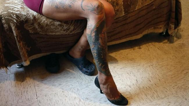 Menurut Ketua LSM LGBTQ Cuenta Conmigo, Lina Perez, aparat kerap mengabaikan kasus kejahatan terhadap kaum transgender karena memandang mereka sebelah mata. (AP Photo/Ginnette Riquelme)