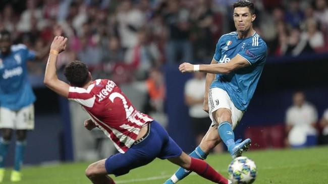 Hasil imbang 2-2 ini membuat kedua tim harus puas berbagi satu angka pada matchday pertama Liga Champions. (AP Photo/Bernat Armangue)