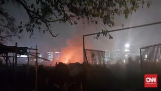 Api Padam, Tak Ada Korban Jiwa di Kebakaran Gudang Rawa Bokor