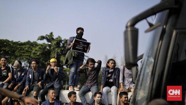 Mahasiswa di Padang Turun ke Jalan Tolak Pasal Karet RKUHP