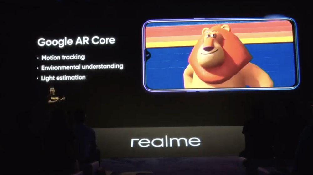 Realme memperkenalkan dua gawainya yaitu realme 5 dan realme 5 pro yang resmi meluncur di Indonesia