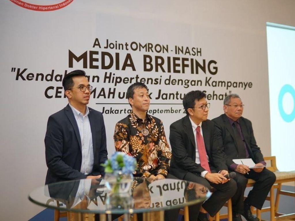 Omron menggelar kampanye CERAMAH atau Cek Tekanan Darah di Rumah guna mencegah hipertensi, di Jakarta, Kamis (19/09/2019).