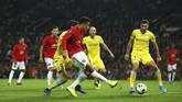 Manchester United akhirnya memastikan kemenangan lewat Mason Greenwood pada menit ke-73. (AP Photo/Dave Thompson)
