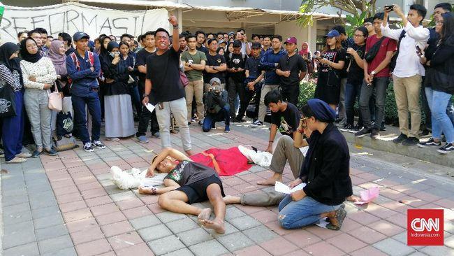Unair Desak Jokowi Teken Perppu Anulir UU KPK