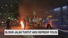 VIDEO: Puluhan Mahasiswa Gelar Aksi Blokir Jalan