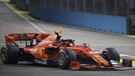 Leclerc Pole Position di F1 GP Singapura