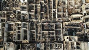 FOTO: Ratusan Rumah Hangus Akibat Kebakaran di Jatinegara